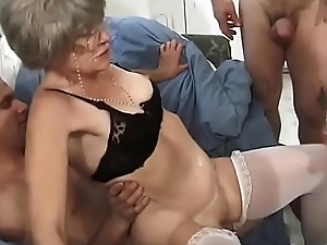 Sex-mad granny Kathy Jones knows pretty well setting aside how to handle gang bang