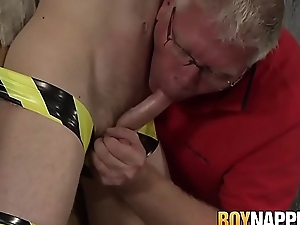 Restrained twink sucked off unconnected with mature dexterous and milked