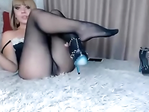 model choose love tunnel and see feet in seamless pantyhose