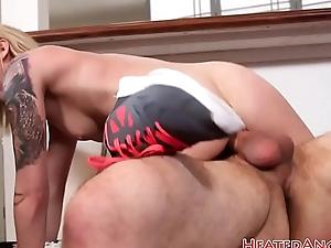 Cocksucking alternative pulchritude rides dick