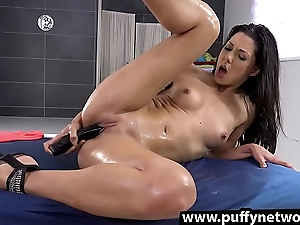 Piss Drinking - Alexa Tomas tastes her golden go belly up a rise after toying her vagina