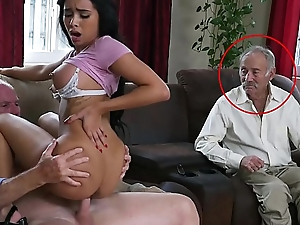 BLUE Killjoy Bodies - Gorgeous Sooty Pornstar Aaliyah Hadid Takes Those Elderly Men Be expeditious for A Ride!