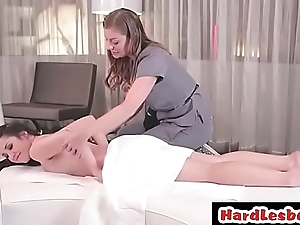 Down in the mouth lesbian relaxing at massage - Lola Foxx &amp_ Sovereign Syre