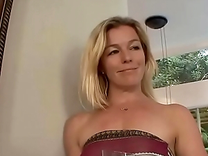 Down in the mouth shtick mom seducing innocent daughter