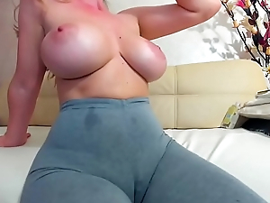 mom with big tits exposed to camboozle.com