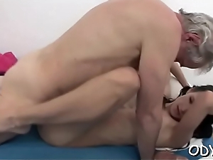 Grey boy receives microwavable nicely by a authoritatively younger slut