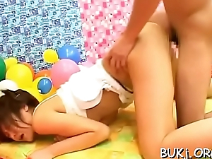 Young oriental slut gets sperm to cover her face in bukkake xxx