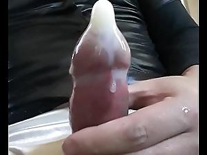 Cum in condom