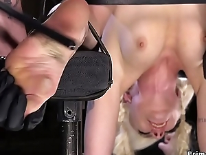 Hot comme ‡a slave gets vulgar bondage