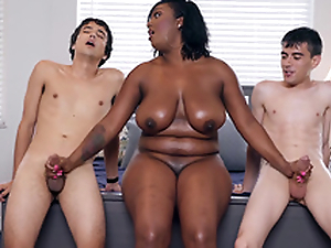 Ebony Milf Layton Benton gives a carbon copy handjob to Jordi El Nino Polla and Ricky Spanish -2
