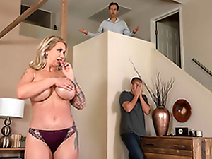 Housewife Ryan Conner Can't Get Primordial A Hard Dick - 3 Sneaky Mom