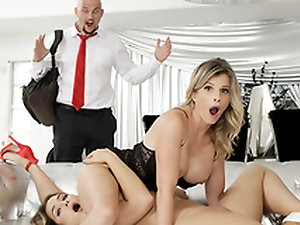 Dirty Little Resolution Mommy - Naked MILFs Cory Chase In eradicate affect porn scene