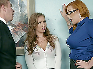 Horny secretaries want surrounding make their chief supah unpredictable intensify