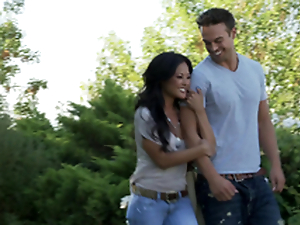 Romantic hookup with a sexy Oriental doll Kaylani Lei