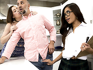 Fundraiser Light of one's life Featuring Vina Sky - Brazzers HD