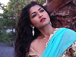 Mature Lady Maya Rai In Hindi Style