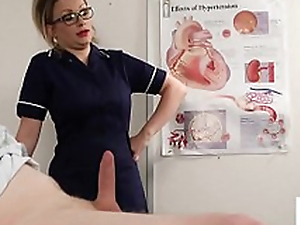 Bossy voyeur carefulness instructs patient to wank