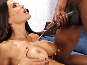 Lisa Ann enjoys a huge cumshots on the brush obese knockers from Isiah Maxwell