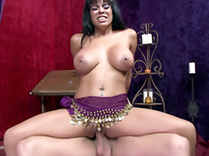 Entrancing Latina Luna Star saddles the boner to perform XXX dance