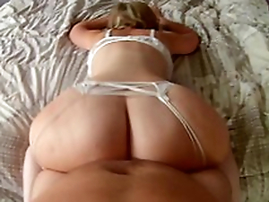 Mom lies there excess of the bed stirring up huge ass before sex there adored XXX positions