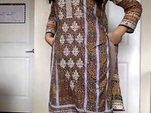 Desi XXX - Self Recorded Pakistani Sex Video Of Down in the mouth Cosset Getting Naked