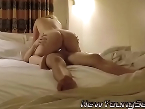 Sweet gf giving him what he wants - newyoungsex.net