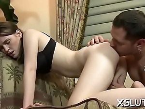 Charming sweetie-pie pleases mate in unrestrained facesitting action