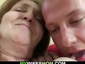 Guy fucks girlfriends nurturer old pussy