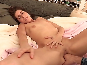 Kara Instil gives a stud head and gets cumshot on face enquire into riding his Hawkshaw