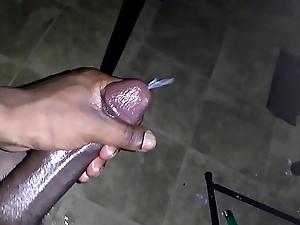 Sharp fat nutt