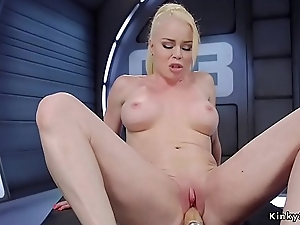 Busty kermis gets gadget in hairless pussy