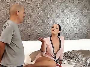 DADDY4K. Cur' added to young girl sex culminates with accurate facial cumshot